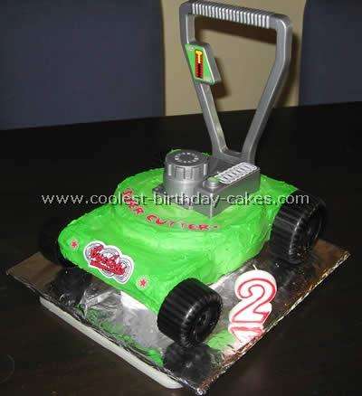 Lawn Mower Garden Cakes