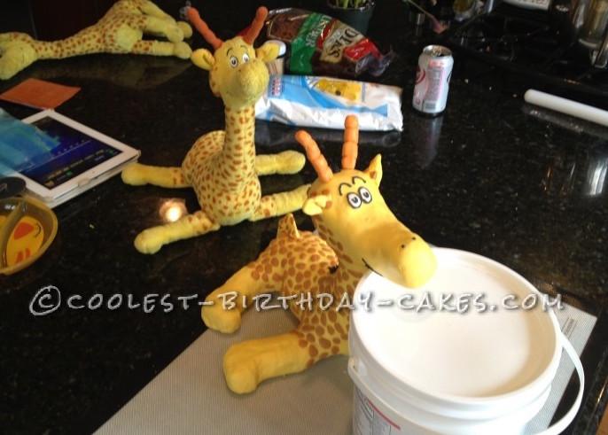 Coolest Dr. Seuss Giraffe Birthday Cake