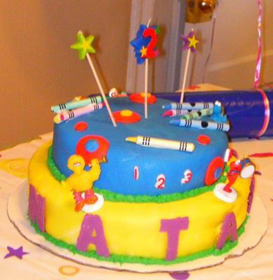 Elmo Themed Birthday Party on Homemade Crayon And Elmo Birthday Cake