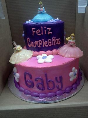 Disney Princess Birthday Cakes on Disney Princess 2 Tier