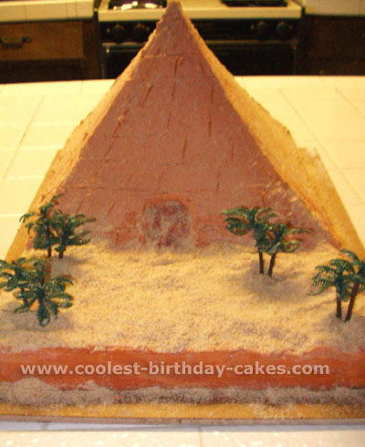How To Make A Egyptian Pyramid Cake