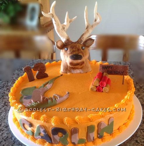 Hunter Gets a Surprise Deer Hunting Cake