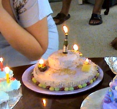 Wine, Cheese & Grapes Mini-Cake