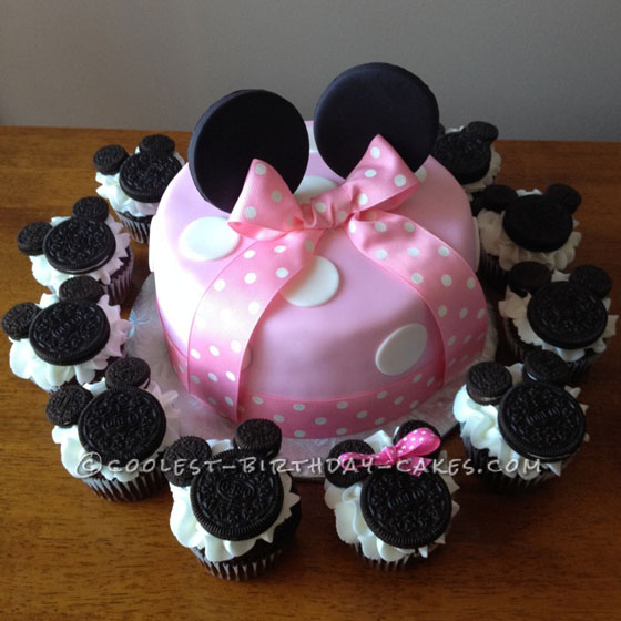 Coolest Minnie Mouse Cake and Cupcakes