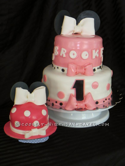 1st Birthday Minnie Mouse Cake0