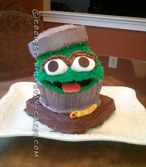 The Un-Grouchiest Grouch Cake