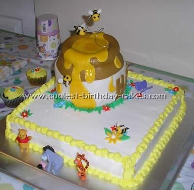 coolest winnie the pooh birthday cakes