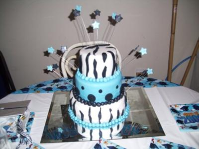 Zebra and blue graduation cake